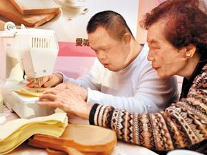 【中國時報】憨兒縫出隔熱墊 公益商品上市 代表圖