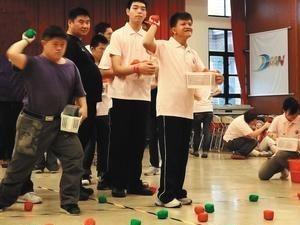 【聯 合 報】小布球競賽 心障者快樂動 代表圖