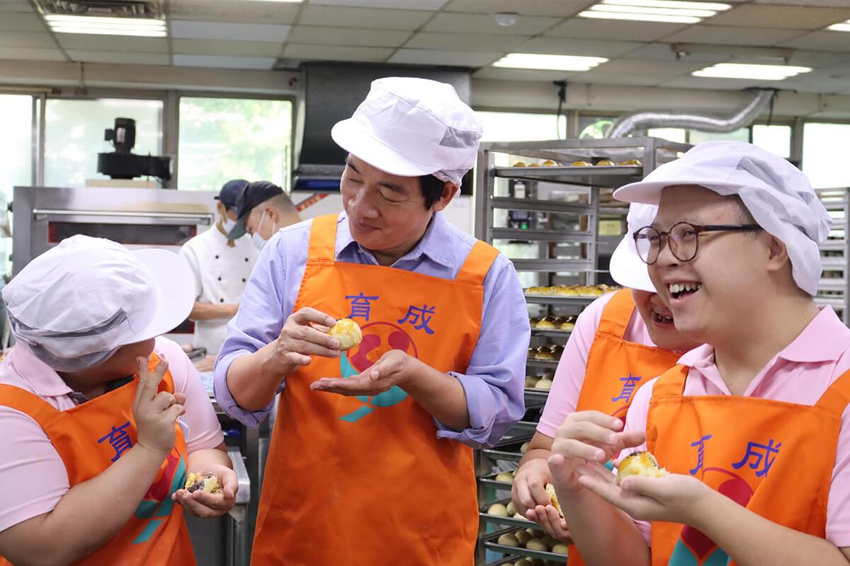 【公益廣告】副總統賴清德呼籲大眾支持憨兒手作月餅! 代表圖